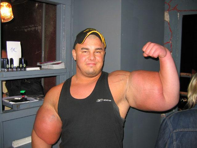 Muscle Man - Funny People from GooglyFoogly.com ,Funny